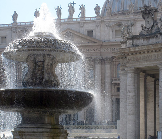 StPeters-Fountain-01