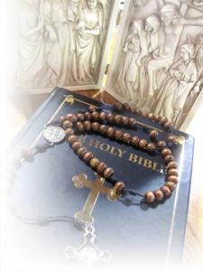 rosary-bible-fade-01